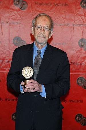 Justified (TV series) - Elmore Leonard at the 70th Annual Peabody Awards with award for Justified