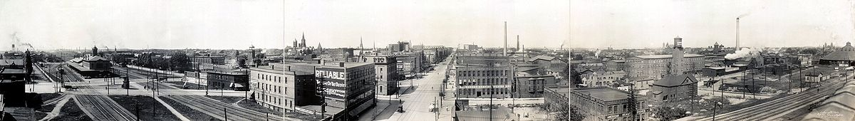 1912 panorama of downtown Erie