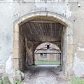 Erxleben Schloss Durchfahrt.jpg