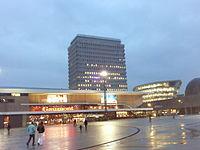 Esplanade du Général de Gaulle à Rennes.jpg