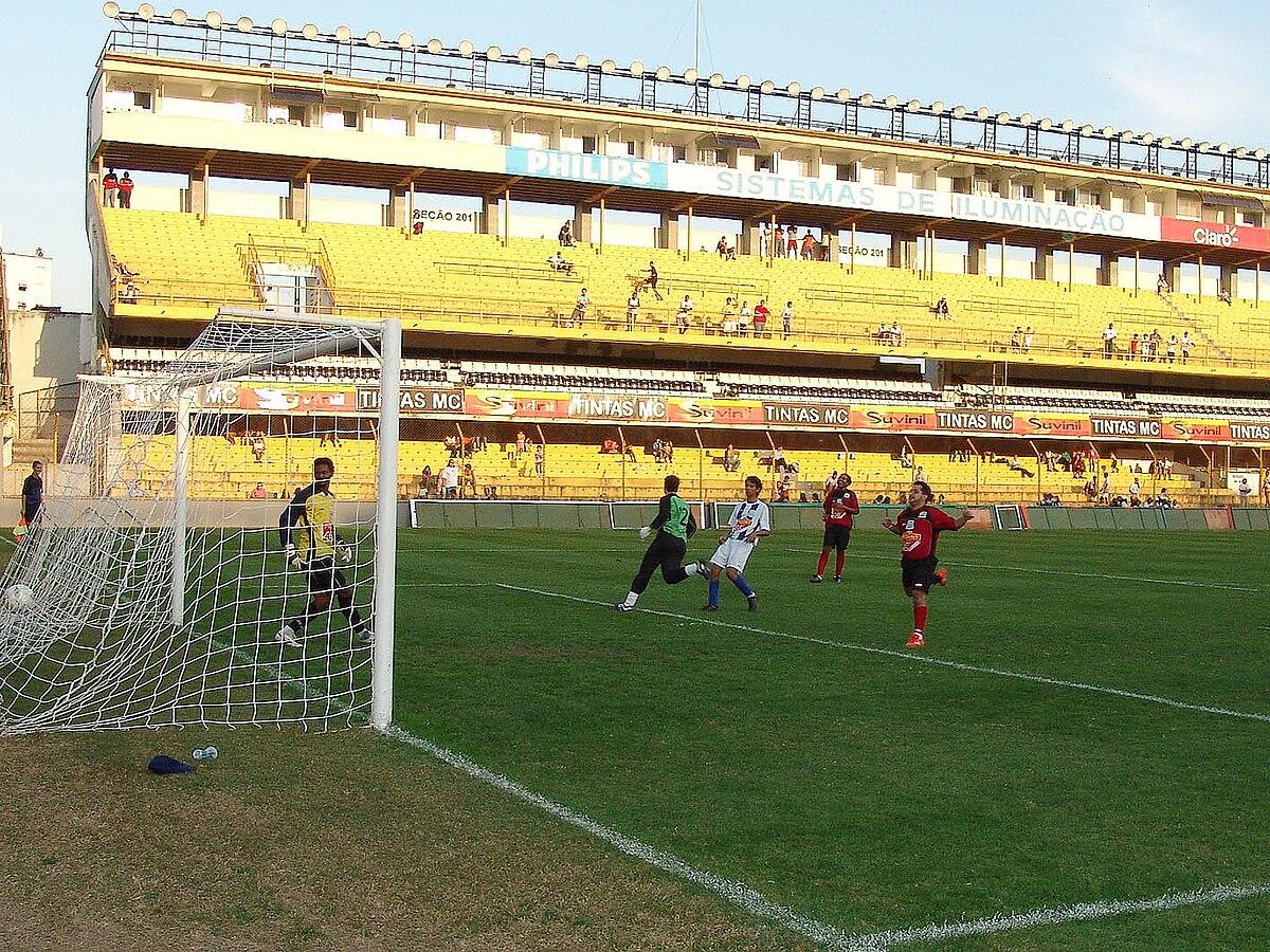 Estádio Urbano Caldeira - Wikipedia 67dfa9bced614