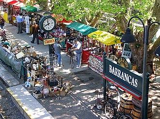 Tren de la Costa - Barrancas station, where an antiques fair is held on weekends