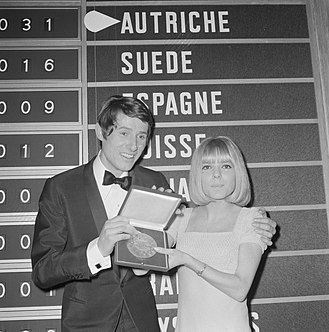 Eurovision Song Contest 1966 - Udo Jürgens with last year's winner France Gall
