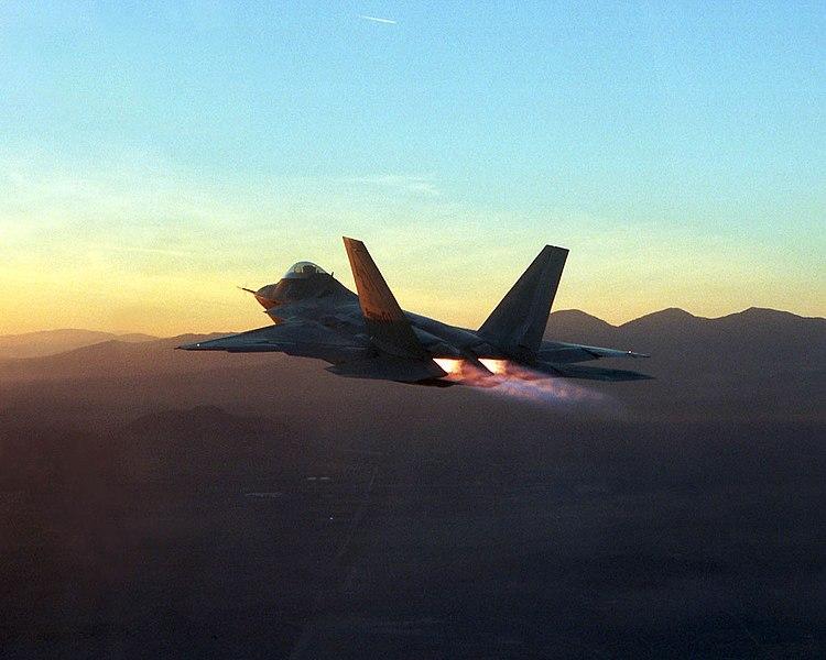 Fighter Pilot Air Force F-22 Jet Careers | USMilitary.com