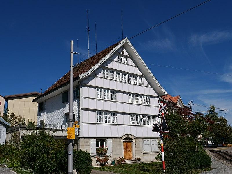 File:Fabrikantenhaus Rose Speicher P1031646.jpg