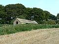 Farm building, north-east of Avebury - geograph.org.uk - 970733.jpg