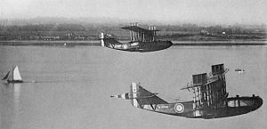 Felixstowe F5s in flight.jpg