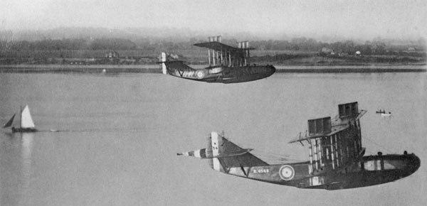 Felixstowe F5s in flight