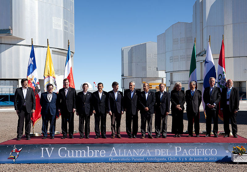 http://upload.wikimedia.org/wikipedia/commons/thumb/7/71/Fourth_Summit_of_the_Pacific_Alliance_%28official_photograph%29.jpg/800px-Fourth_Summit_of_the_Pacific_Alliance_%28official_photograph%29.jpg
