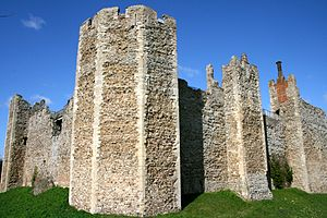 Framlingham Castle - The 12th-century walls of the Inner Court