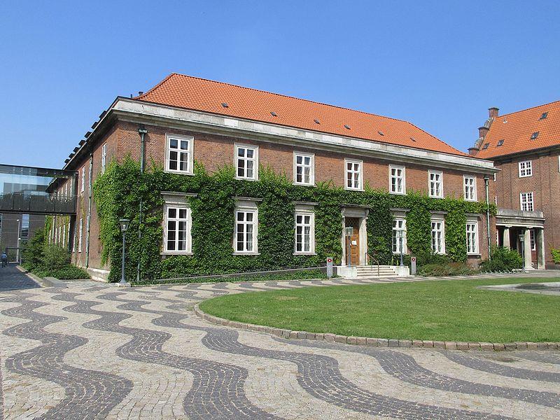 Frederiksberg Courthouse 01.jpg