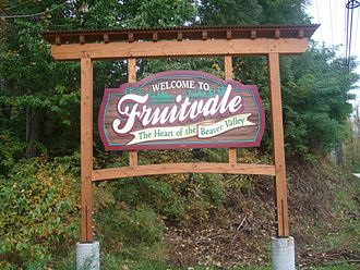 Fruitvale, British Columbia - Fruitvale's welcome sign