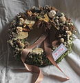 Funeral wreath 09 27 1443u.JPG