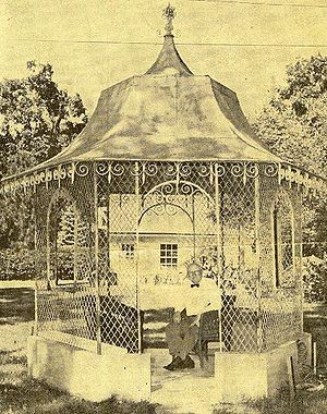 Gazebo - Image: Gazebo Late 19th Century USA