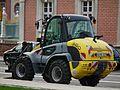 Gelber Radlader Kramer Allrad 380.JPG