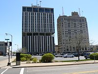 Genesee-towers-flint-mi.jpg