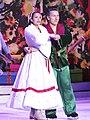Gladys Orozco and Elvis Stojko in 2015.jpg