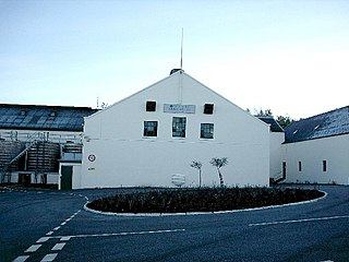 Glen Elgin Distillery,Fogwatt - geograph.org.uk - 100989.jpg