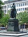 Goethe-denkmal-ffm-012.jpg