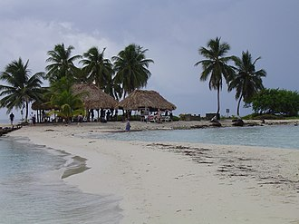 Goff's Caye - View of Goff's Caye