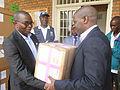 Goma, Nord-Kivu, en RD Congo- L'Organisation mondiale de la Santé (OMS) fait un don de médicaments et de matériels à la Division de la Santé de la province du Nord-Kivu. (21510052863).jpg