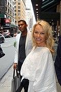 Greg and Pamela Anderson (41961859304).jpg