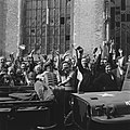 Groot enthousiasme voor de prins (Deventer), Bestanddeelnr 900-2508.jpg