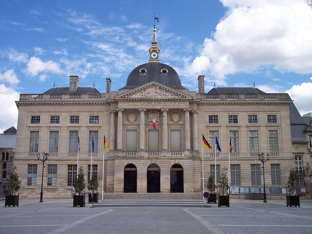 Hotel De Ville Chalons