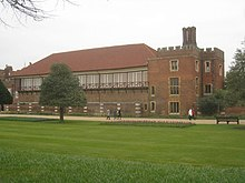 Hampton Court Real Tennis Court - geograph.org.uk - 2884175.jpg