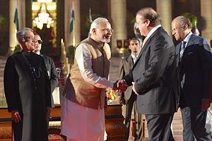 Swearing-in ceremony of Narendra Modi - (L-R) President Pranab Mukherjee, Prime Minister Narendra Modi, Prime Minister of Pakistan, Nawaz Sharif and Prime Minister of Mauritius, Navin Ramgoolam.