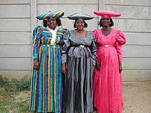 Namibia-Demografi-Herero women