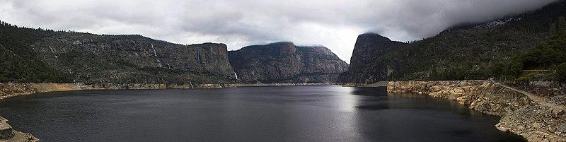 File:Hetch Hetchy Reservoir.jpg