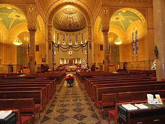 Holy Name Church (West Roxbury, Massachusetts) - Image: Holy Name WR Sanctuary
