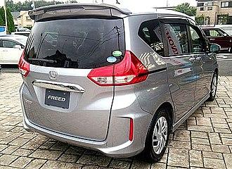 Honda Freed - Honda Freed front and rear view