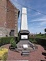 Houdain-lez-Bavay (Nord, Fr) monument aux morts.JPG