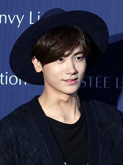 Hyungsik for Estee Lauder, 18 September 2015.jpg