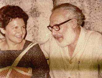Karolos Koun - Karolos Koun (right) along with Ioanna Papantoniou (PFF's archives)