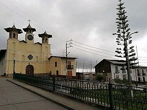San Pablo, Cajamarca - Image: Iglesia Matriz de San Pablo i la plaza de Armas del poble 02