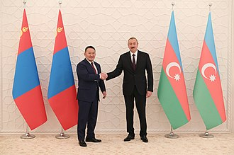 Khaltmaagiin Battulga - Battulga with Azerbaijani President Ilham Aliyev in Baku.