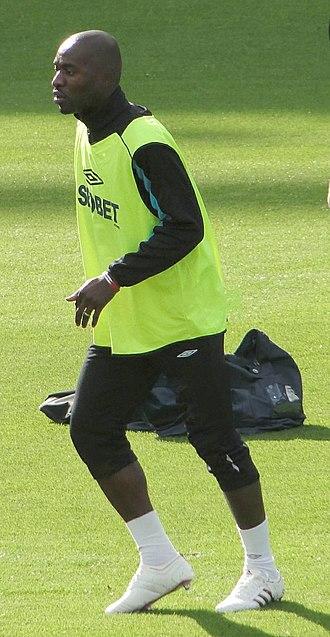 Hérita Ilunga - Ilunga warming-up for West Ham United