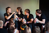 Imagine Dragons - Ilosaarirock 2013 4.jpg