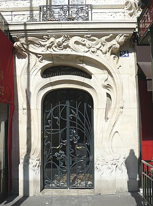 Art Nouveau - Doorway at 24 place Etienne Pernet, (Paris 15e), 1905 Alfred Wagon, architect.
