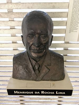 Henrique da Rocha Lima - Bust at Instituto Butantan.