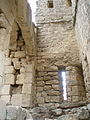 Intérieur du donjon du fort de Buoux.jpg