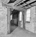 Interieur 2e verdieping middenmuur bij westgevel - Amsterdam - 20011412 - RCE.jpg