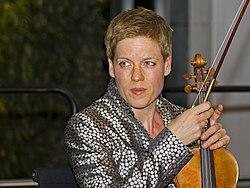 Isabelle Faust B 09-2012.jpg