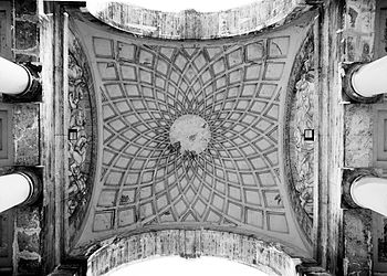 Italy Genova Arco di Trionfo Detail 01.jpg