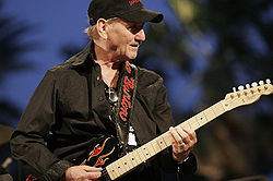 James Burton 2009-ben