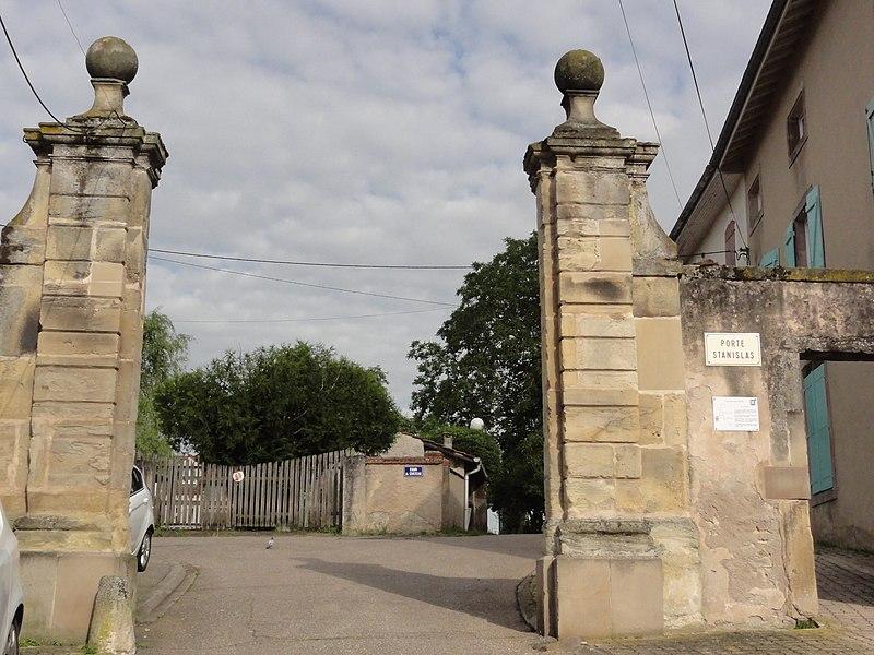 Jolivet (M-et-M) porte Stanislas