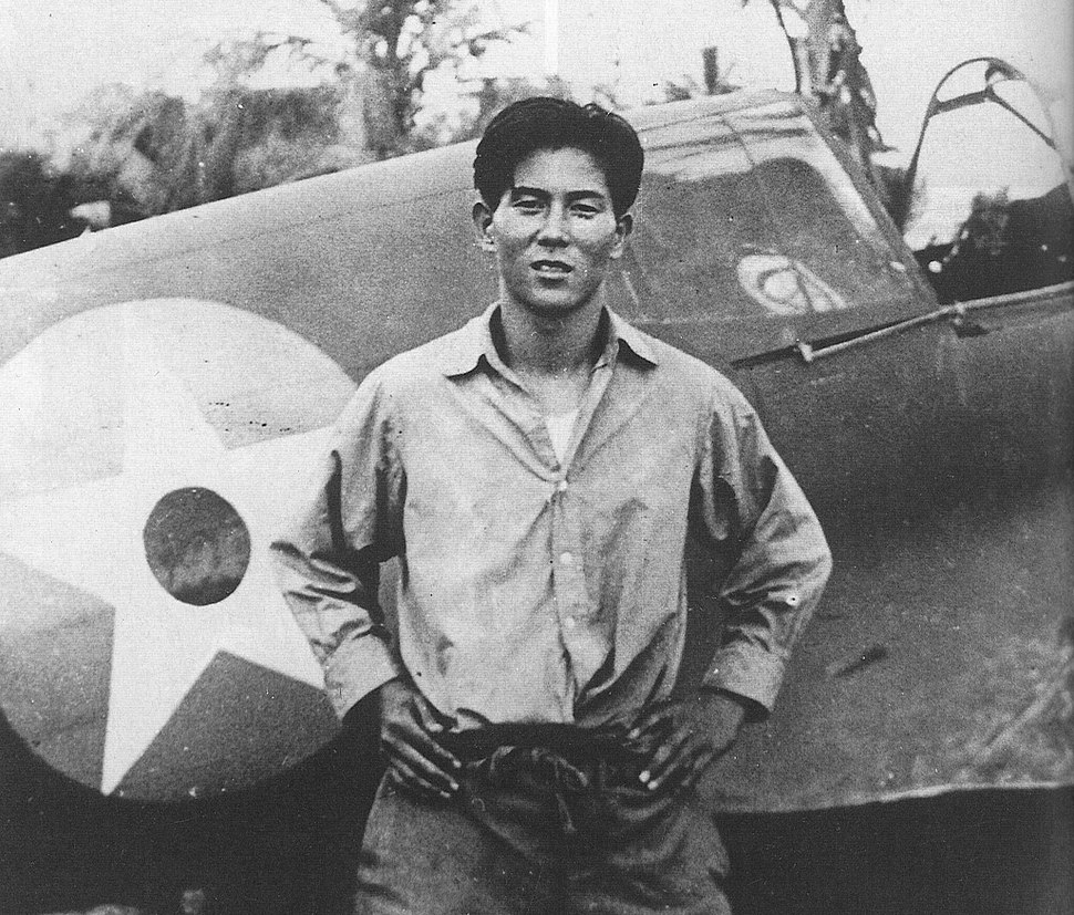 Junichi Sasai with P-40